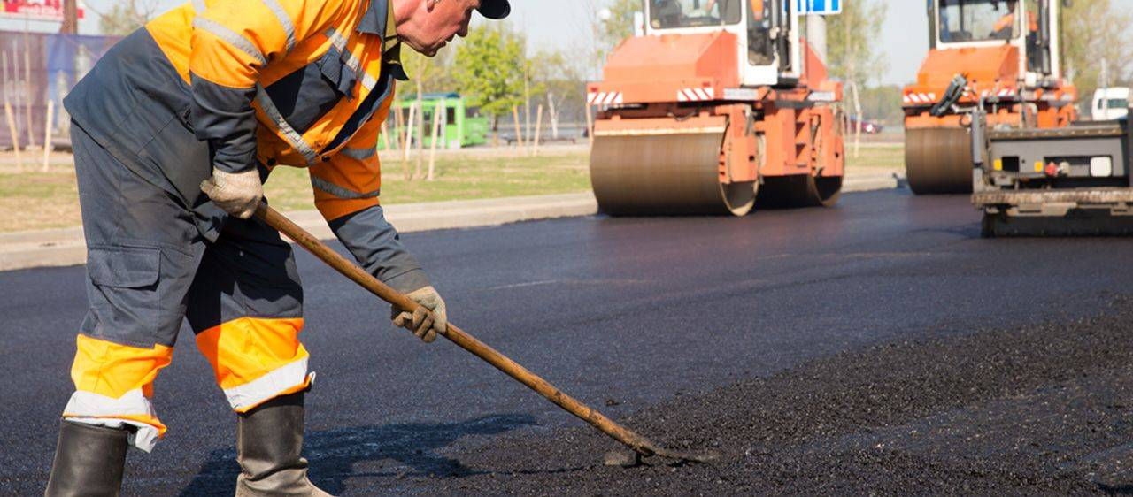 asphalt and bitumen contractor